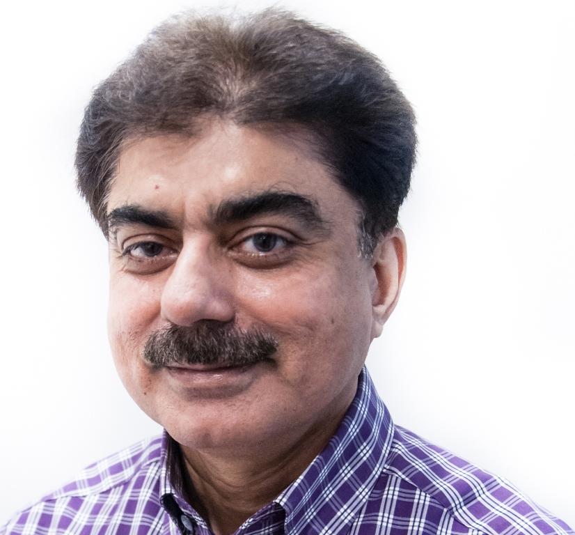Dr Salim Soomro1